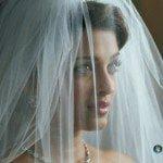 Free Download Aishwarya Rai theme for Windows 7 Bride