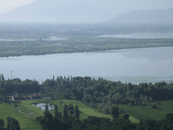 Dal Lake and Sonmarg  guide in our trip to Srinagar