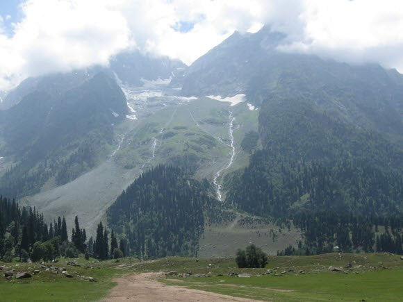 Sonmarg mountains